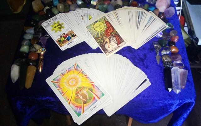 Distintos mazos de Tarot, las cartas del Tarot, Tarotistas y Videntes